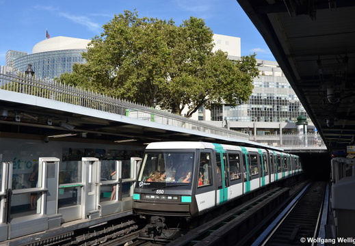 Metro Paris, MP05 550, Bastille