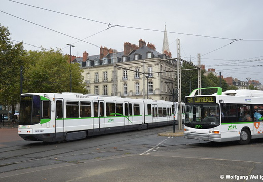 Tram Nantes, 342, Commerce