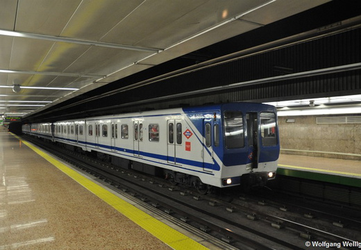 Metro Madrid, 5045, Republica Argentina
